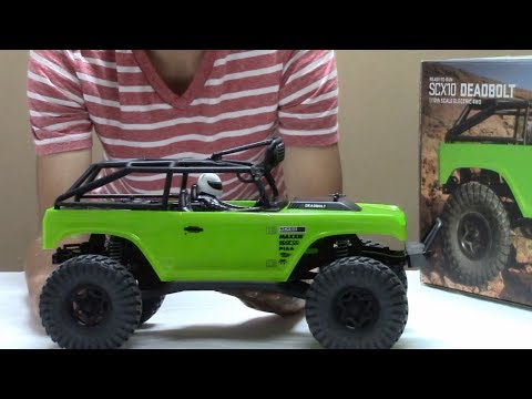 Axial SCX10 Deadbolt - Box Opening